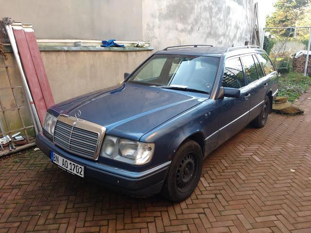 Unser zweiter W124 mit Stern & in Blau.